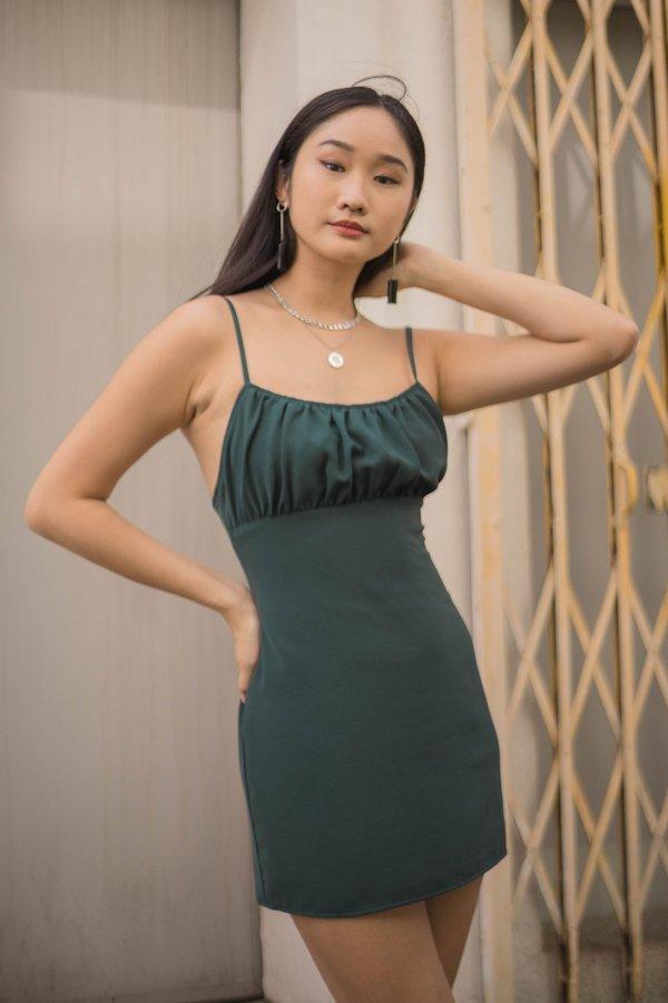 Last Minute Dress in Myrtle Green
