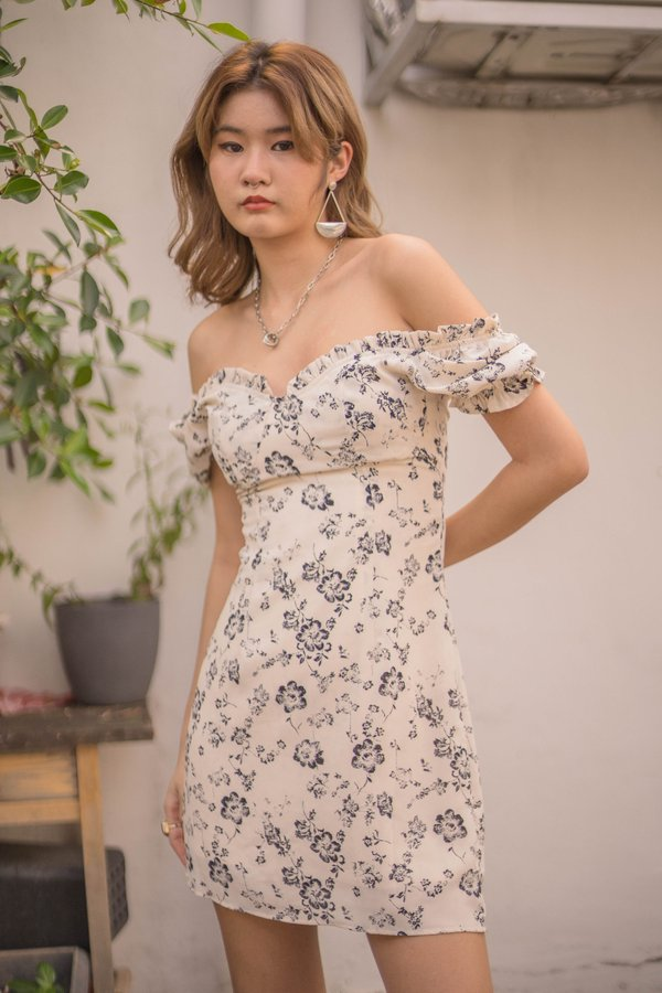 Obsession Dress in White Floral