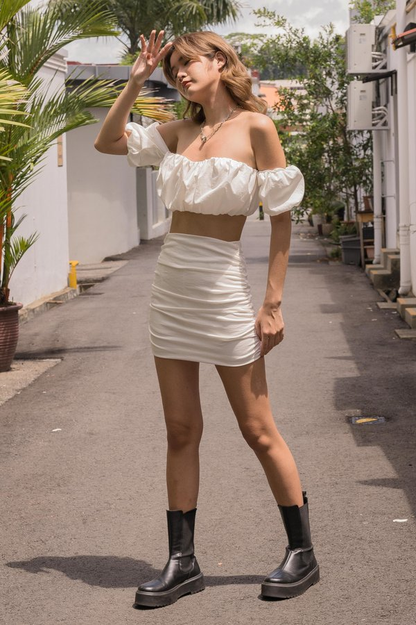 Show Up Skirt in White