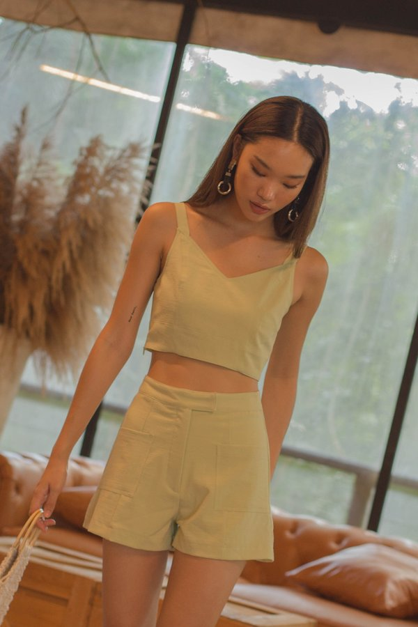 Symmetry Pocket Shorts in Grape Green