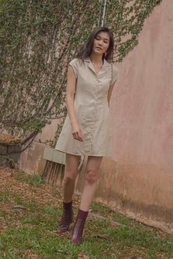 Explorer Buttons Dress in Ecru
