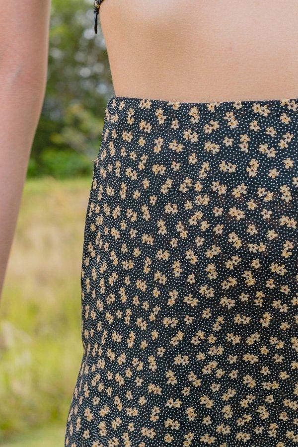 Secret Garden Skirt in Black Floral