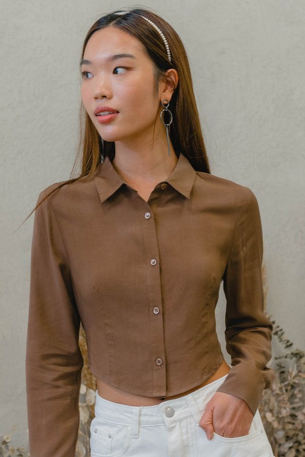 Look Back Shirt in Fawn Brown