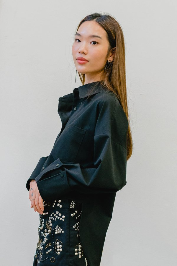 On The Go Shirt in Black