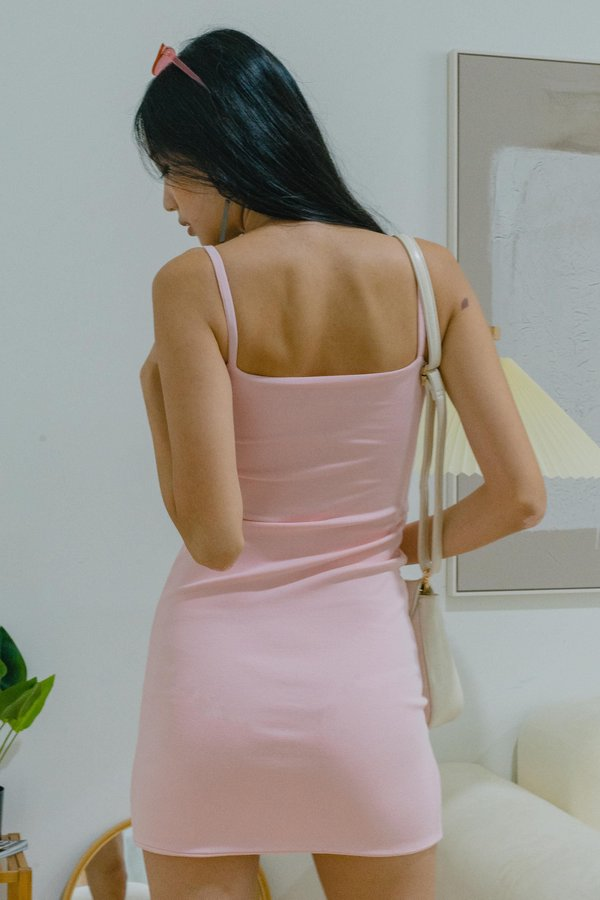 Main Point Dress in Rosy Pink