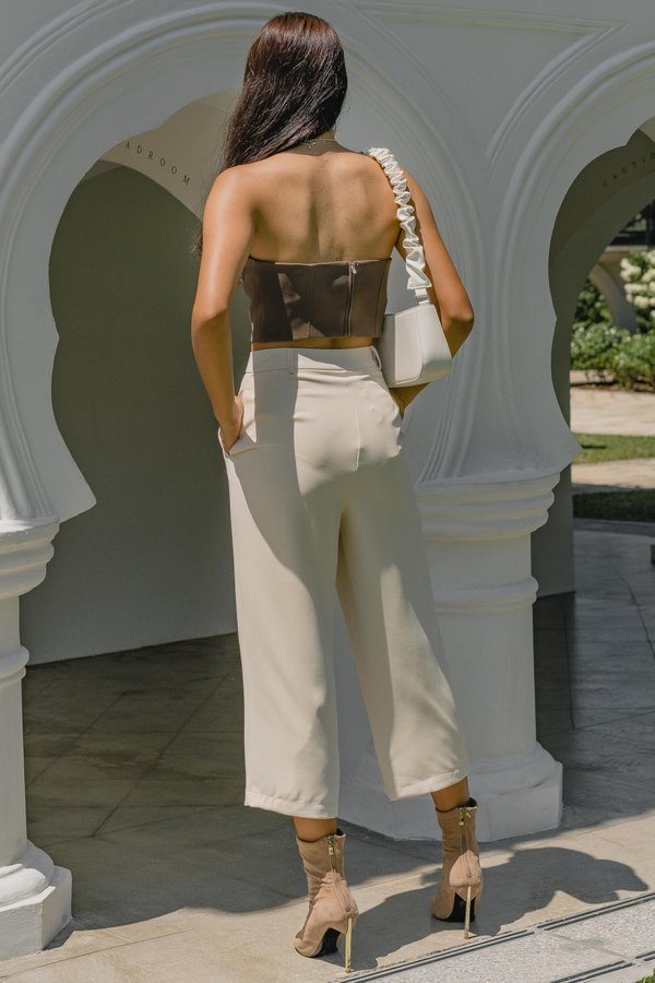 Two Step Pants in Creamy Beige
