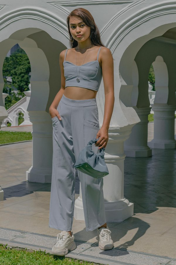 Incline Pants in Lakeside Blue