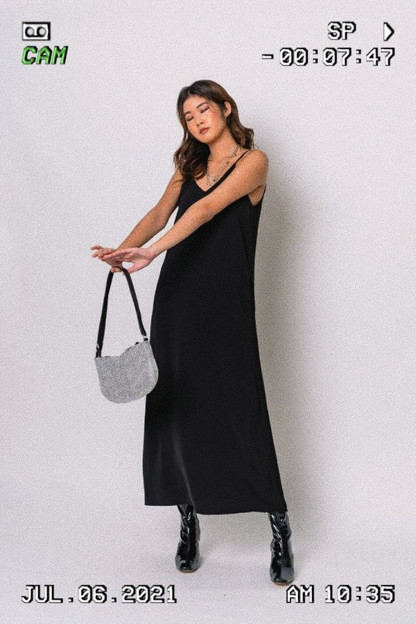 Back On Track Maxi in Black