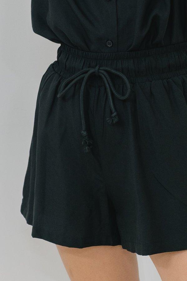 Unwind Shorts in Black